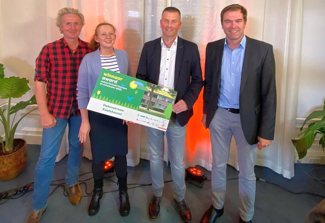 Dakenstroom wint Award Natuurinclusief Bouwen en Ontwerpen